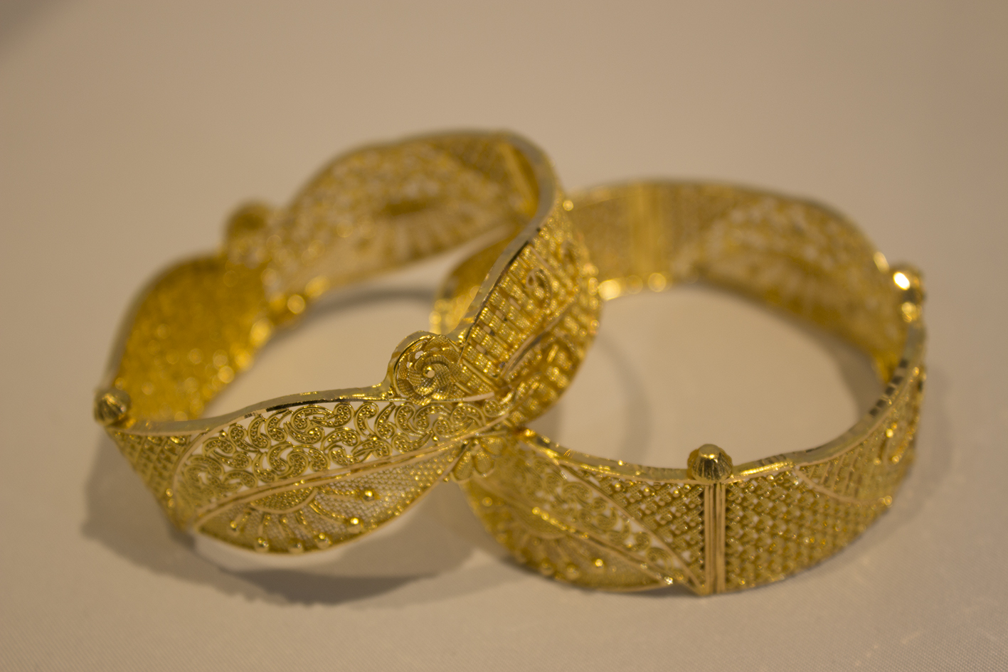 22ct Gold Bangles With Intricate Filigree Cut Design